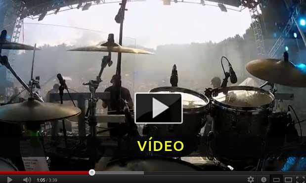 Visão de um baterista durante um concerto